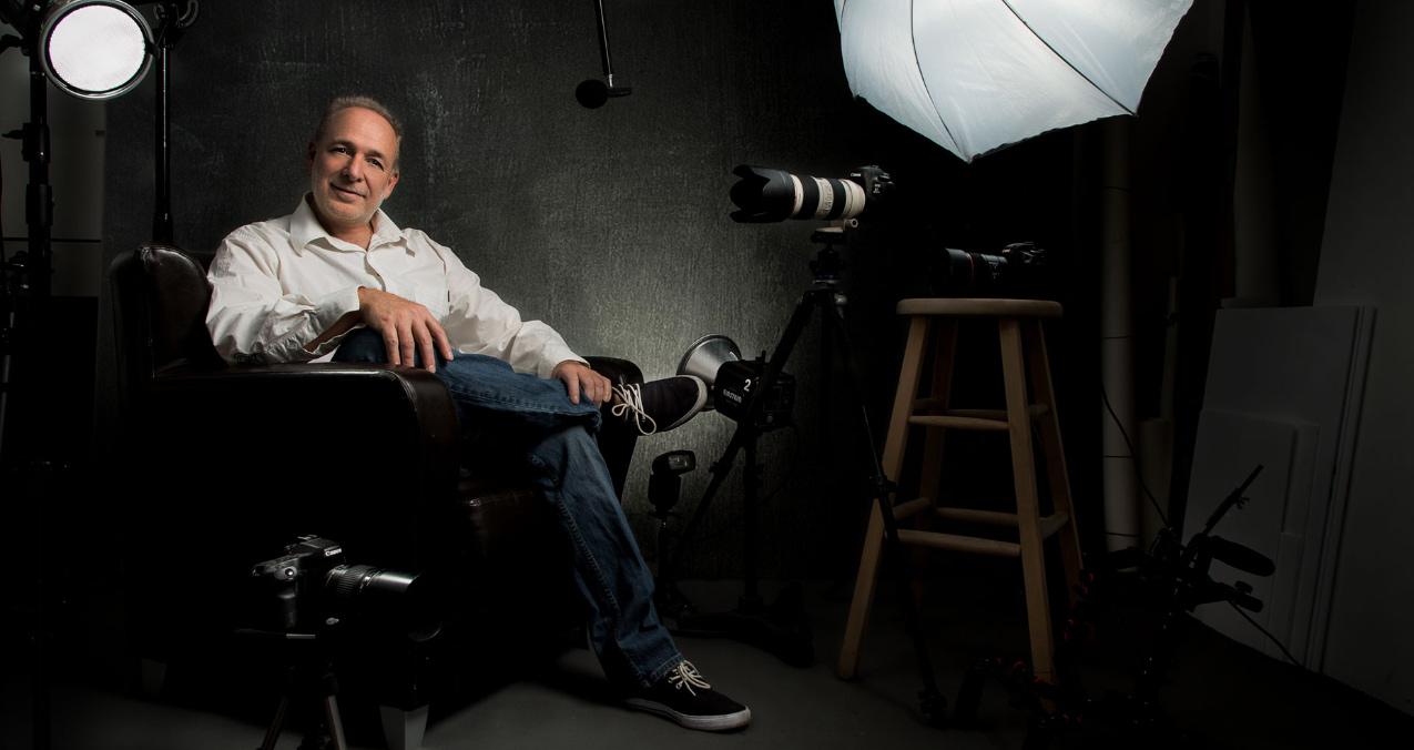 Claude Bélanger photographe, Portrait corporatif- linkedin profil picture - montreal portrait - photographe montreal portrait